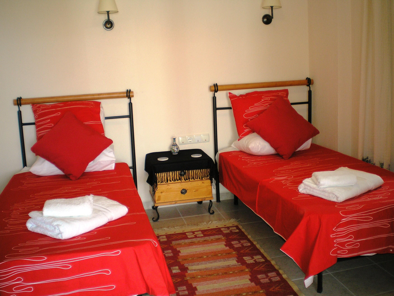 Villa tymnessos holiday rental in kalkan turkey for Passionate bedroom designs